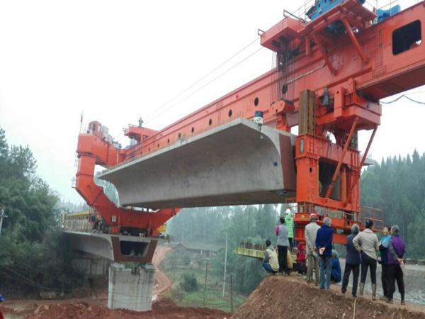 西藏拉萨180吨架桥机出租