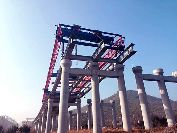 青海海北架桥机公司出租100t公路提梁机
