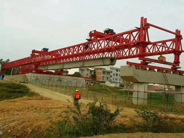 广东云浮160吨架桥机厂家保障工作万无一失